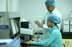 越南加快新冠肺炎疫苗的研制与生产进度
