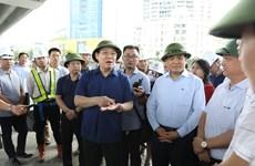 河内市委书记王廷惠对该市各重点交通项目的施工进度进行实地考察