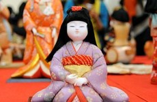 日本传统娃娃展再度亮相首都河内