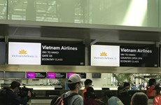 新冠肺炎疫情:把在美国的346名越南公民接回国