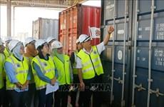 马来西亚查获110个有毒废弃物货柜 史上最大宗