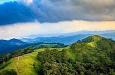 斜能-潘勇——欣赏美丽的山区之路