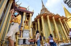 新冠肺炎疫情:持有短期签证的外国人最迟9月26日必须离开泰国