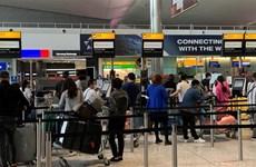 新冠肺炎疫情:滞留在英国和部分欧洲国家的近280名越南公民已安全回国