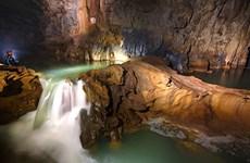 秀兰洞:充满自然的野性和神奇之美