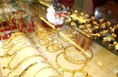 8月12日越南国内黄金价格连续下跌至5300万越盾以下