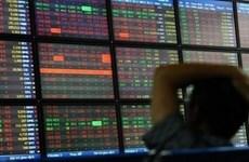 8月12日股市早盘徘徊在窄幅区间 静待机会