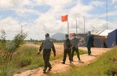 老街省边防部队向中方移交3名非法入境人员
