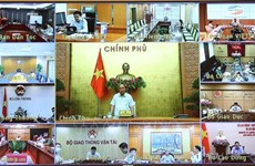 政府总理阮春福:加快对外国专家和投资者签证签发工作