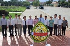 柬埔寨多个省市和军区代表团热烈祝贺越南国庆75周年