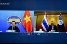范平明与泰国副总理兼外交部长敦·普拉穆德维奈举行线上会谈
