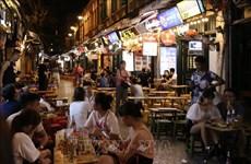 自9月16日起河内酒吧、KTV、舞厅等娱乐场所恢复营业