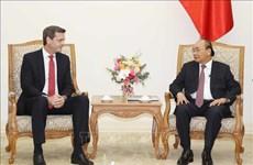 政府总理阮春福会见亚行驻越首席代表安德鲁·杰富瑞