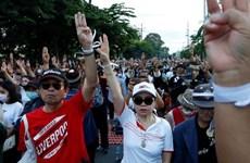 泰国国会表决通过延后修宪决定