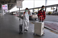 泰国拟减少入境游客隔离期 雅加达延长大规模社会限制期限