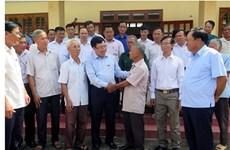 政府副总理兼外长范平明在太原省开展选民接待活动