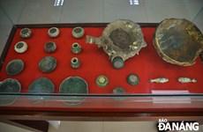 岘港博物馆举行海底沉船中陶瓷器系列展