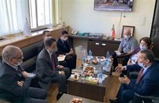 阿尔及利亚国家电视台希望加强与越南电视台的合作