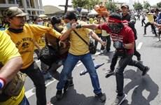 泰国在曼谷实行紧急状态令