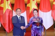 越南国会主席阮氏金银会见日本首相菅义伟