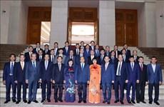 越南政府总理阮春福会见越南驻外大使、首席代表
