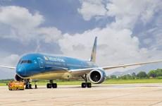 第十三号台风逼近  中部地区部分机场临时关闭许多航班被取消