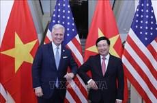范平明与美国国家安全顾问罗伯特·奥布莱恩举行会谈