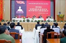 越共中央民运部部长张氏梅在林同省开展接待选民活动