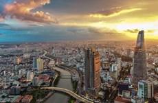 """国际媒体解释越南经济实现""""逆势""""正增长的原因"""