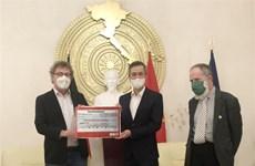德国共产党携手帮助越南中部灾民开展灾后重建工作