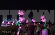 芹苴市旅游节吸引逾10万人次参观