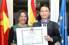 越通社社长阮德利荣获西班牙国王民事勋章