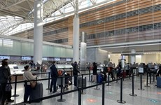 将在美国滞留的近360名越南公民接回国