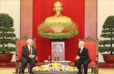 越共中央总书记、国家主席阮富仲会见俄罗斯驻越大使弗努科夫