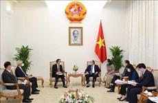 政府总理阮春福会见泰国暹罗水泥集团总裁润荣