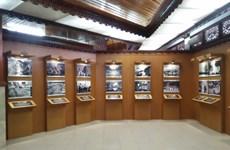 纪念越南与印尼建交65周年图片展在巴厘开展