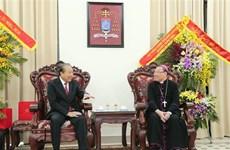 政府常务副总理张和平圣诞节前走访慰问宗教界人士