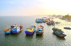 黄沙虽远亦近:渔民南季捕鱼作业的期望