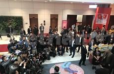 200多家新闻单位的记者直接参加报道越共十三大
