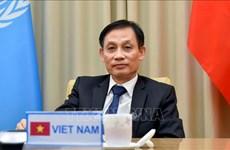 外交部副部长黎怀忠:保护国家和民族利益 致力于维护国际和平与安全