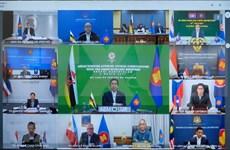 东盟通过13项经济合作倡议