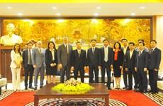 河内市人民委员会主席朱玉英会见美国驻越大使和韩国驻越大使