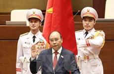 外国领导人和世界经济论坛领导向越南领导人致贺电贺函