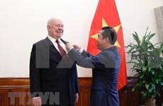 越南风土人情给俄罗斯驻越大使留下深刻的印象