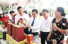 越南中部以北地区各省与河内市配合拓宽产品销售渠道