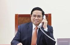 越南政府总理范明政与新加坡总理李显龙通电话