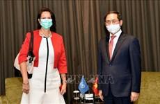 越南外交部部长裴青山会见联合国秘书长缅甸事务特使