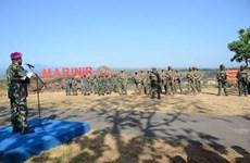 印尼和美国海军陆战队举行联合军演