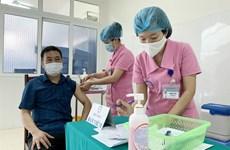 民众期待早日接种新冠疫苗