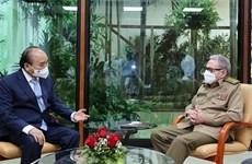 越南国家主席阮春福会见劳尔·卡斯特罗大将